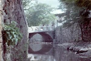 Antiguo puente en Pontón Bajo en Santiago-Pontones